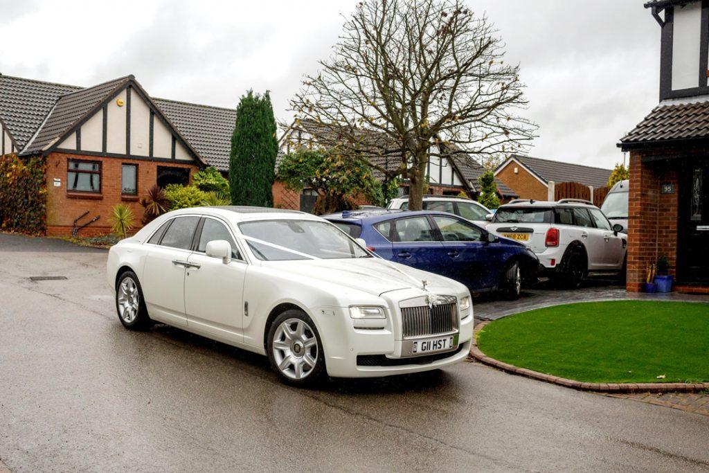 Rolls Royce Sliver Ghost wedding car -Whiston Manorial Barn Wedding Photography,Rotherham  wedding photographer